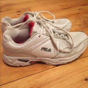throwback fila shoes